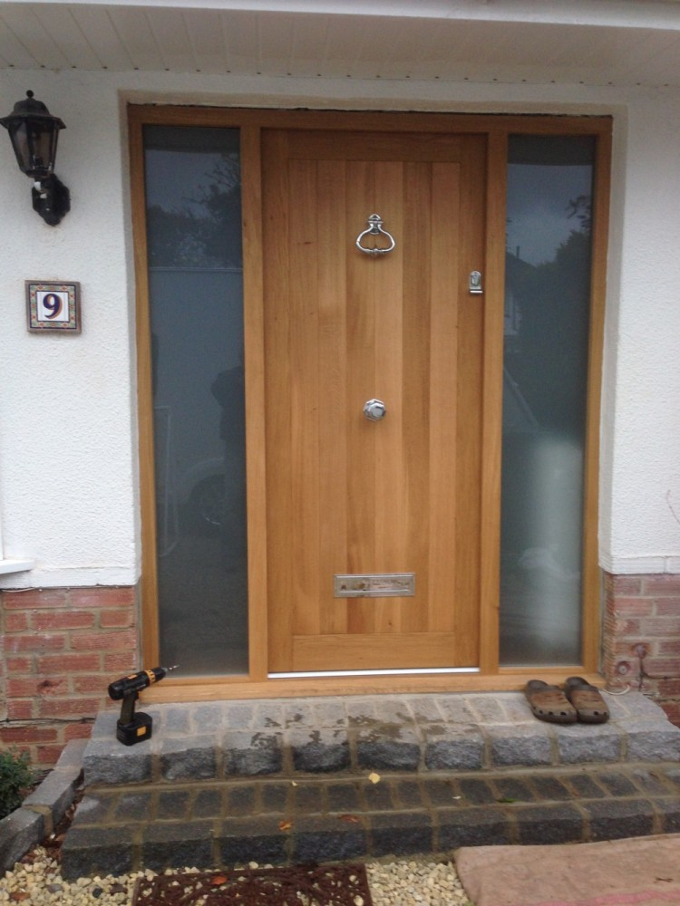Front doors medina joinery for Solid entrance doors